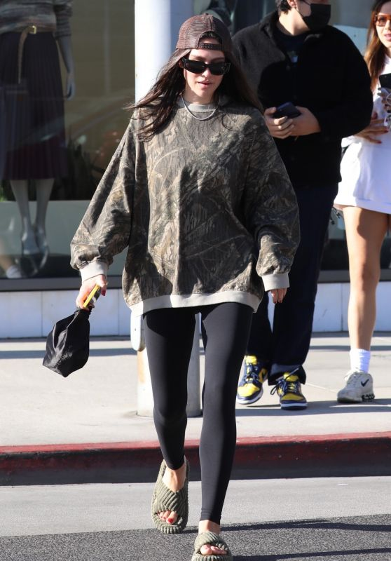 Amelia Gray Hamlin - Out in Beverly Hills 10/18/2021