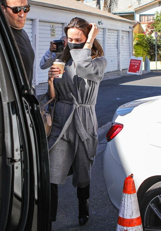 Angelina Jolie - Catwalk Designer Vintage Clothing Store in LA 10/12/2021