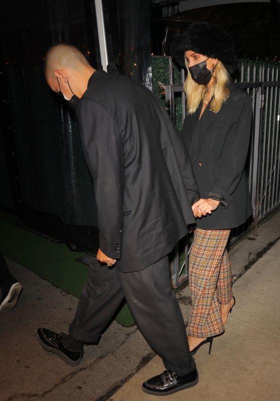 Ashlee Simpson at Giorgio Baldi in Santa Monica 10/02/2021