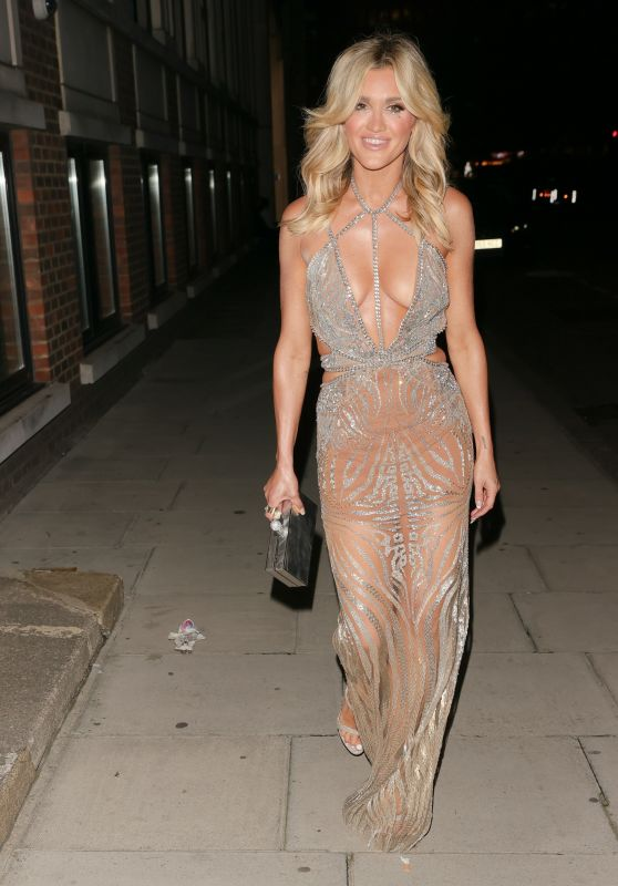 Ashley Roberts - Leaving The Court Private Members Club in London 10/10/2021