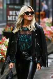 Ashley Roberts Street Style - London 10/05/2021