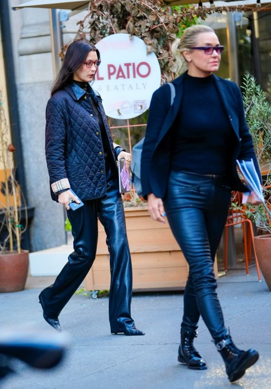 Bella Hadid With Her Mother Yolanda Hadid - Out in NYC 10/18/2021