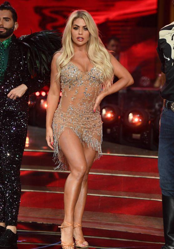 Bianca Gascoigne - Ballando con le stelle 10/23/2021