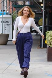 Blake Lively - Running Errands in NYC 10/13/2021