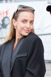 Carla Ginola – Leaving L'Oreal Show at Paris Fashion Week 10/03/2021