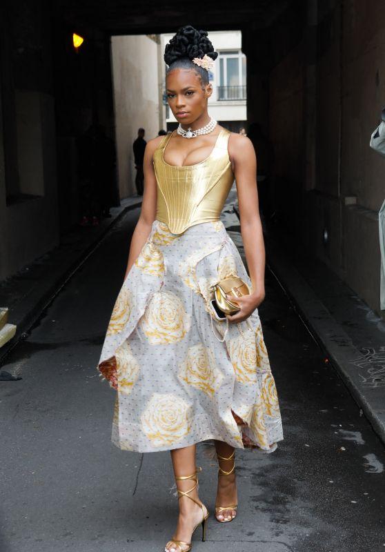Didi Stone – Vivienne Westwood Fashion Show in Paris 10/02/2021