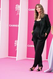Elsa Esnoult – Cannes International Series Festival Opening Ceremony 10/08/2021