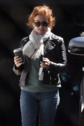 Isla Fisher - Out in Perth 10/12/2021