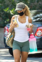 Jena Frumes in Workout Outfit in Los Angeles 10/06/2021
