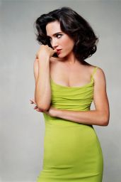 Jennifer Connelly - Photoshoot for Vogue 2004