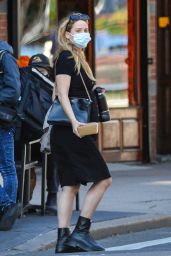 Jennifer Lawrence and Cooke Maroney - Out in New York City 10/11/2021