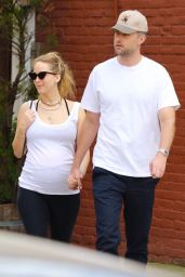Jennifer Lawrence and Cooke Maroney - Out in NYC 10/09/2021