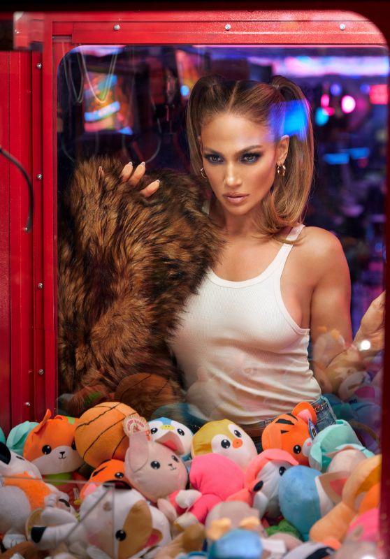 Jennifer Lopez - Photoshoot 09/29/2021