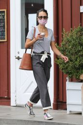 Jordana Brewster at Caffe Luxxe in Brentwood 10/07/2021