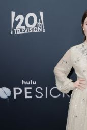 """Kaitlyn Dever – """"Dopesick"""" Premiere in NYC 10/04/2021"""