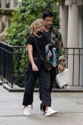 Kelly Ripa - Out in New York 10/10/2021