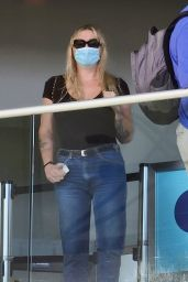 Kesha Casual Style - LAX in Los Angeles 10/10/2021