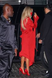 Khloe Kardashian - Arrives at the SNL After-Party in NYC 10/09/2021