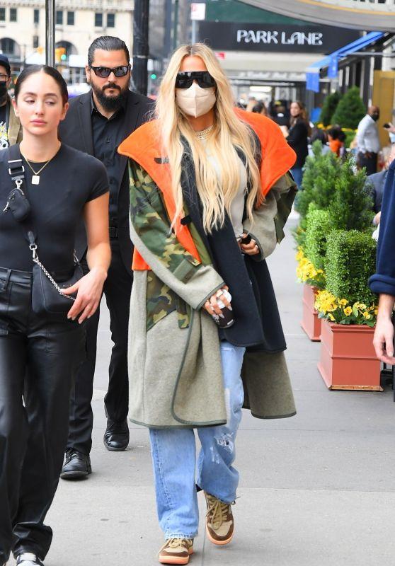 Khloe Kardashian - Out in New York City 10/09/2021