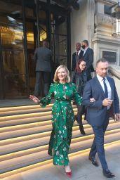 Kirsten Dunst -Leaving Her Hotel in London 10/11/2021