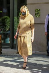 Kirsten Dunst - Out in New York 10/02/2021