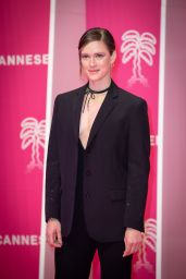 Krista Kosonen – 4th CANNESERIES Festival Pink Carpet 10/09/2021