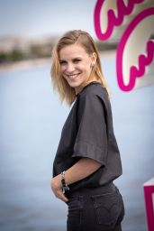 Letertre Emy – Cannes International Series Festival Photocall 10/08/2021