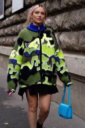 Lolo Zouai Street Style - Paris 10/01/2021
