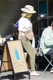 Malin Akerman - Grocery Shopping in Los Feliz 10/100/2021