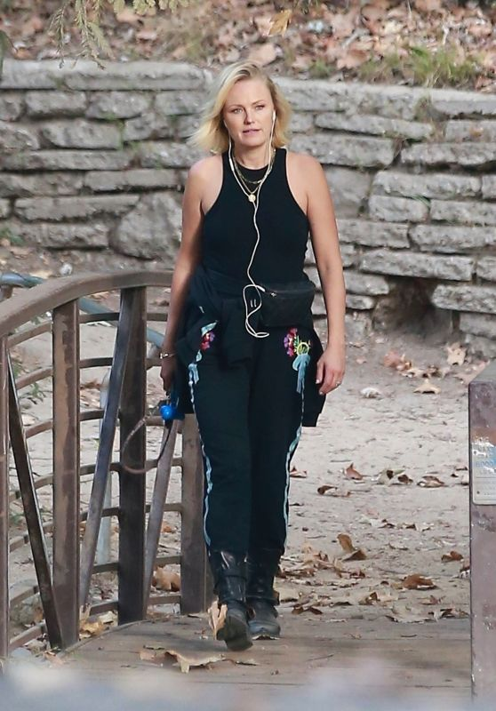 Malin Akerman - Hike at Griffith Park in Los Feliz 10/11/2021