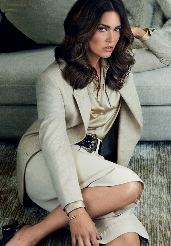 Mandy Moore - InStyle Magaizne Russia November 2021