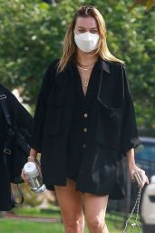 Margot Robbie - Out in Los Angeles 10/07/2021