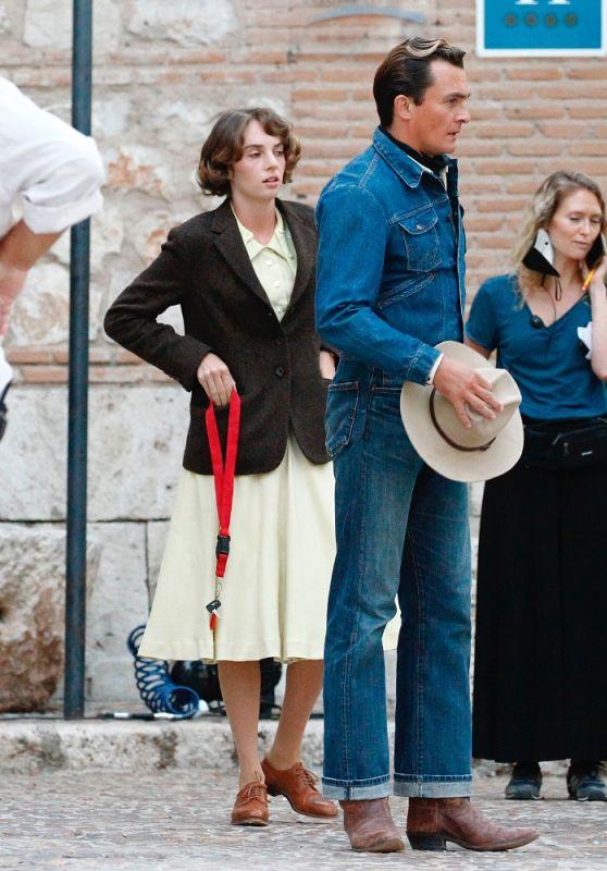 "Maya Hawke and Rupert Friend - ""Asteroid City"" Set in Madrid 10/04/2021"