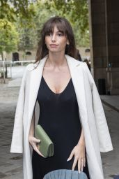 Mimi Keene - Loewe Fashion Show in Paris 10/01/2021