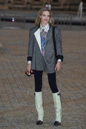 Natalia Vodianova – Louis Vuitton Fashion Show in Paris 10/05/2021