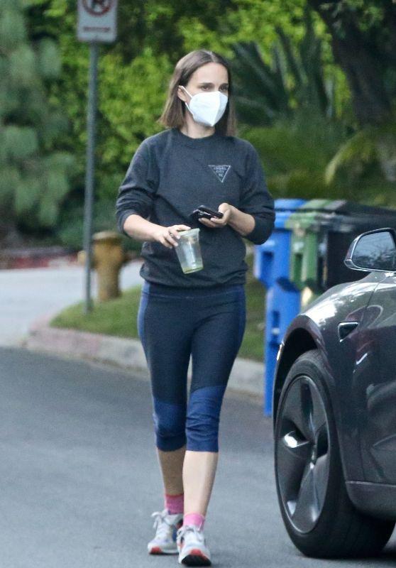 Natalie Portman - Out in Los Feliz 10/14/2021