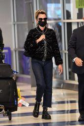 Penelope Cruz - JFK International Airport in New York 10/07/2021