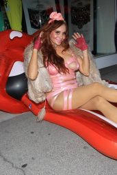 Phoebe Price - Shopping in Beverly Hills 10/07/2021