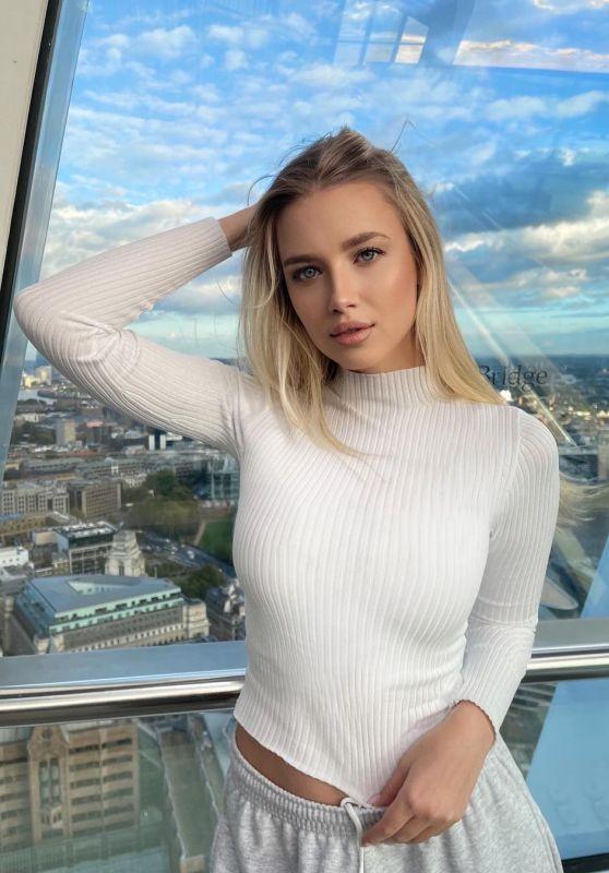 Polina Malinovskaya 10/09/2021