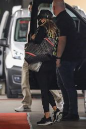 Reese Witherspoon - Arriving at the W Hotel in West Hollywood 10/11/2021
