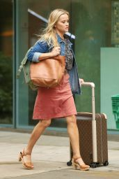 """Reese Witherspoon - """"Your Place or Mine"""" Set in Brooklyn 10/04/2021"""