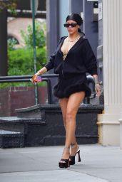 Rihanna - Shopping in New York City 10/02/2021