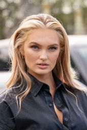 Romee Strijd – Arriving at Dior Fashion Show in Paris 09/28/2021