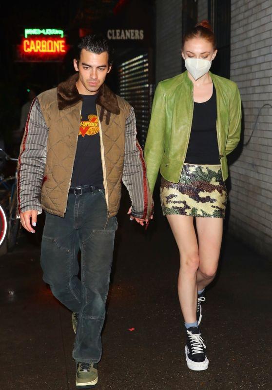 Sophie Turner and Joe Jonas - Date Night in NYC 10/04/2021