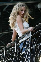 Taylor Swift - Photoshoot 2004-2005