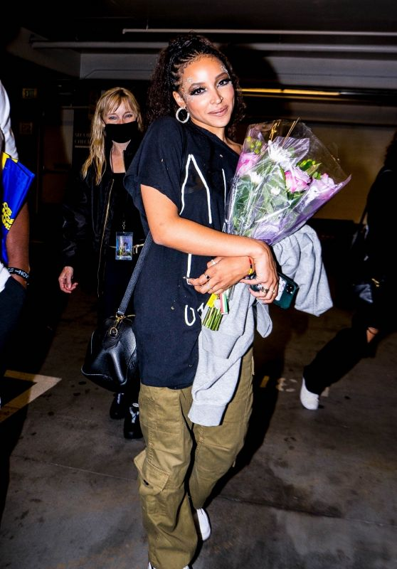 Tinashe - Out in Los Angeles 10/18/2021