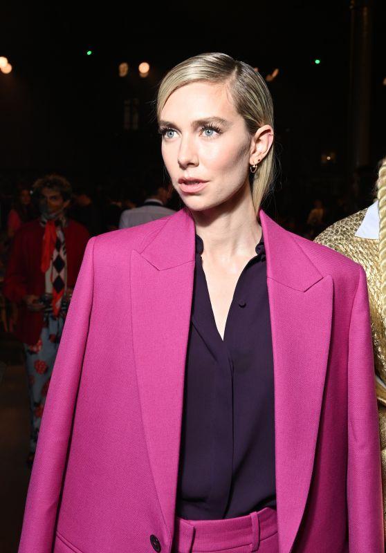 Vanessa Kirby – Valentino Womenswear Spring/Summer 2022 Show in Paris 10/01/2021