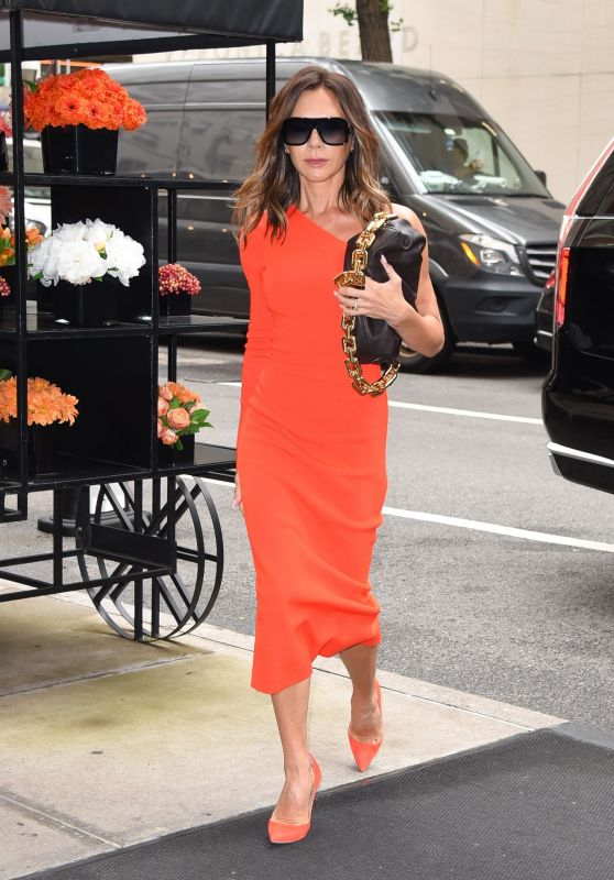 Victoria Beckham - Arriving to Appear on Live With Kelly & Ryan in New York 10/13/2021