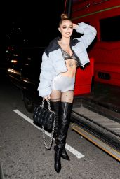 Woah Vicky - Outside Cardi B's 29th Birthday Party in Los Angeles 10/11/2021