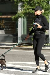 Yolanda Hadid - Out in New York 10/11/2021